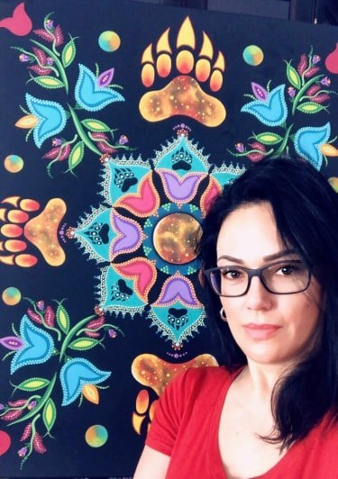 Circle of Abundance: Artist Tracey Metallic Connects with Message of Empowerment